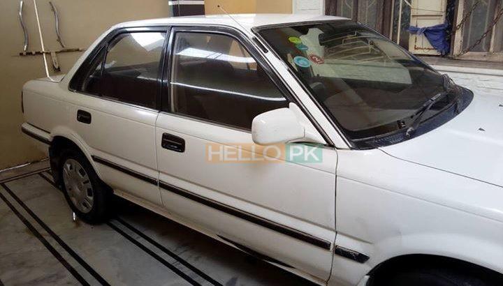 Corolla XE Saloon Rs405,000