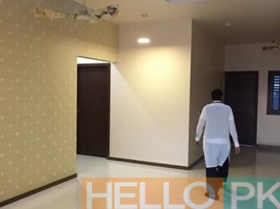 Town house sale 230 yds brand new Clifton Karachi