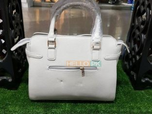 Bags Rs2,950
