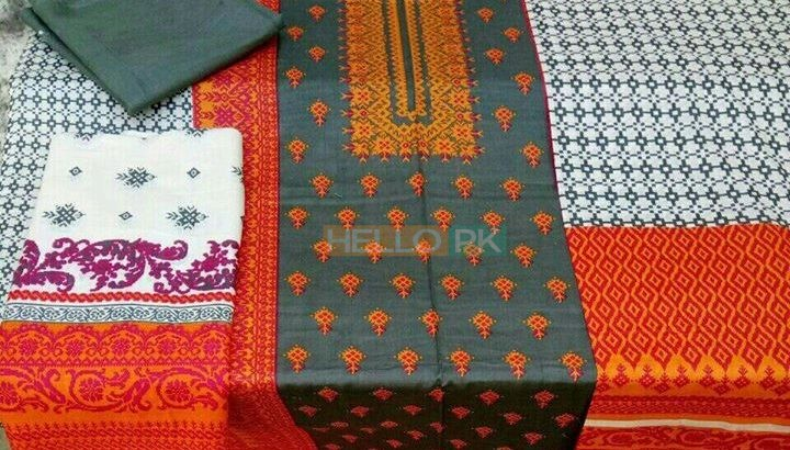 Most demanding Alkaram kasturi lawn 3 PC's printed suits,