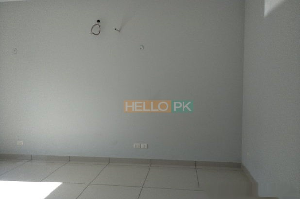 500 SQ YARD PURELY OWNER BUILT IN DHA PHASE 6
