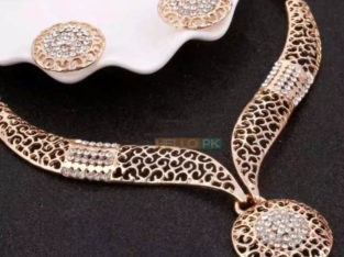 American Beautiful Jewellery Available Cash on delivery all over Pakistan