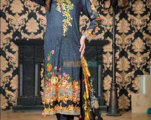 Beauty full Embroidered Lawn 3 Piece Suit Collections 2018 Pack of 10 on wholesale price