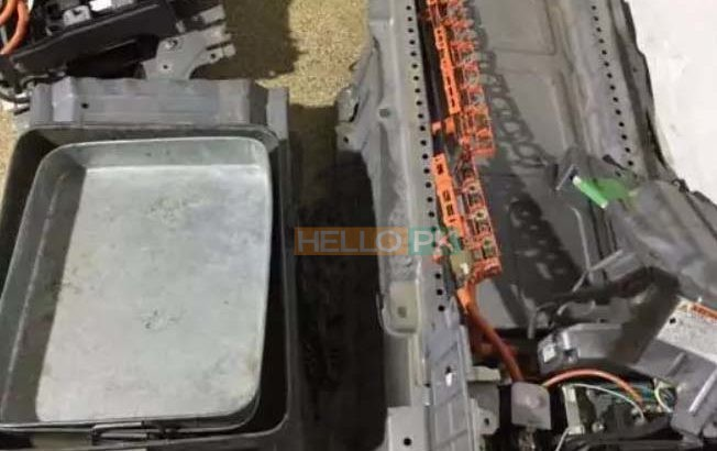 All kinds of batteries available.Toyota aqua batteries available