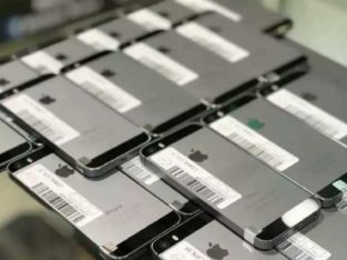 New Stock Apple iPhone 100% Percent Genuine.All Variety iPhone 5c 5s 6 6s 7 Available
