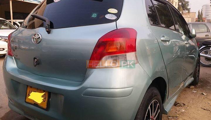 Toyota vitz demand 925000