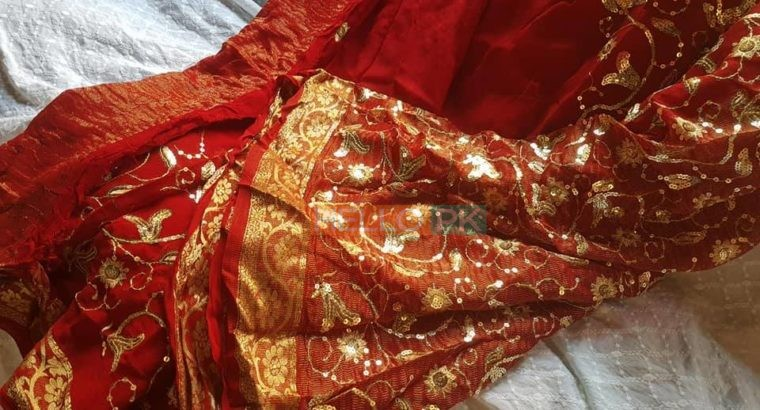 Bridal Saree PKR 10,000/- cash on dilivery all over Pakistan