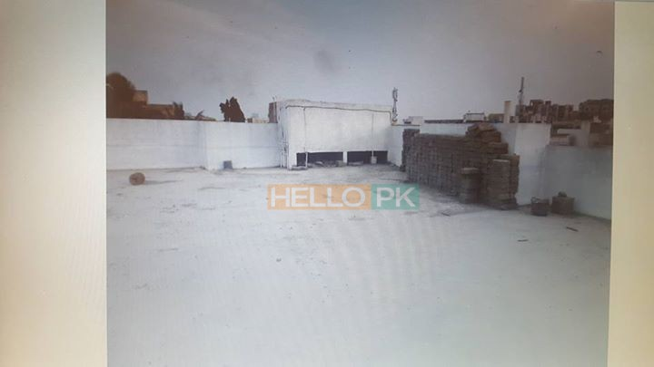Portion For sell 240 gaz with Roof North Nazimabad Block-H