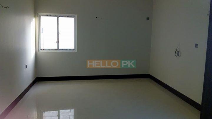 Flat in small complex in Clifton , Karachi