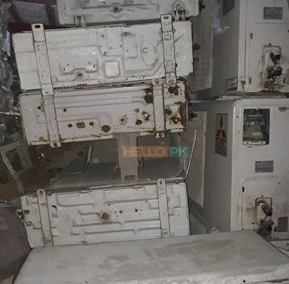 We ( purchase ) old screap.kharab AC hame dain wo bhi fori cash