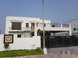 1 KANAL NEW HOUSE FOR SALE IN DHA PHASE 2 SECTOR B