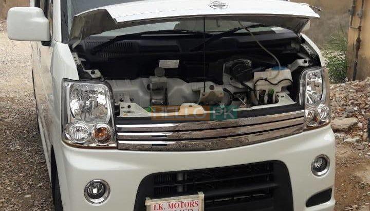 Nissan Clipper RIO(E)(Same As Suzuki EVERY-PZ)100% Genuine Interior & Exterior Body with Original Mileage