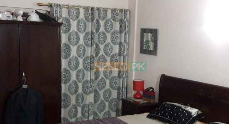 D.H.A Phase 5 Country Club 2 Bed Drawing Dinning.Outclass Apartment For Sale