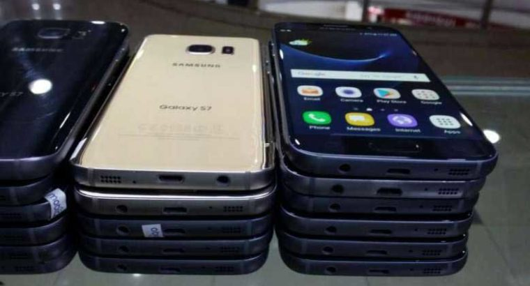 Samsung S7 Original NO SPOT NO SHADE American Stock Rs 19,999