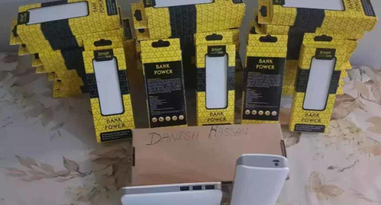 10,000 mah power bank,white colour.Shipping All over Pakistan