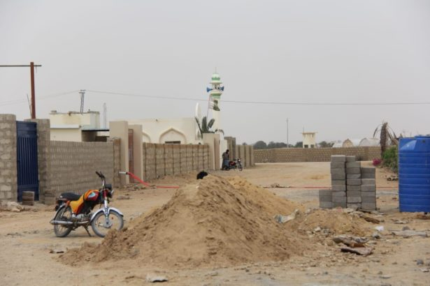 Farm Houses Plots Land on installments for Sale Super Highway