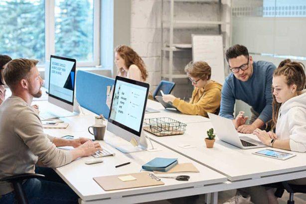 CANADA | Work Permits Entrepreneur Visa.Study & Work in Australia | UK | Europe