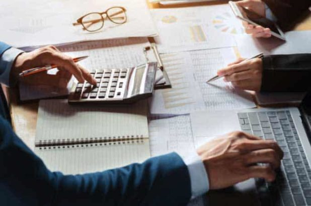 Hire your Tax Consultant Without Travelling