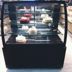 Bakery Cake Display Chiller