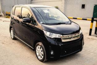 Mitsubishi Ek Custom 660CC Automatic Hasil karen Asaani Sy