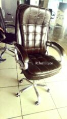 D-22 Executive office chair