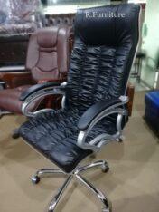 R-65 Executive office chair