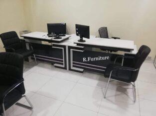 EXECUTIVE OFFICE TABLE 5 feet