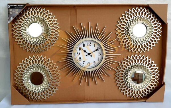 GOLDEN WALL HANGING WITH CLOCK MOTIF